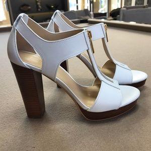 Michael Kors Berkley White Leather Sandal | 7 M
